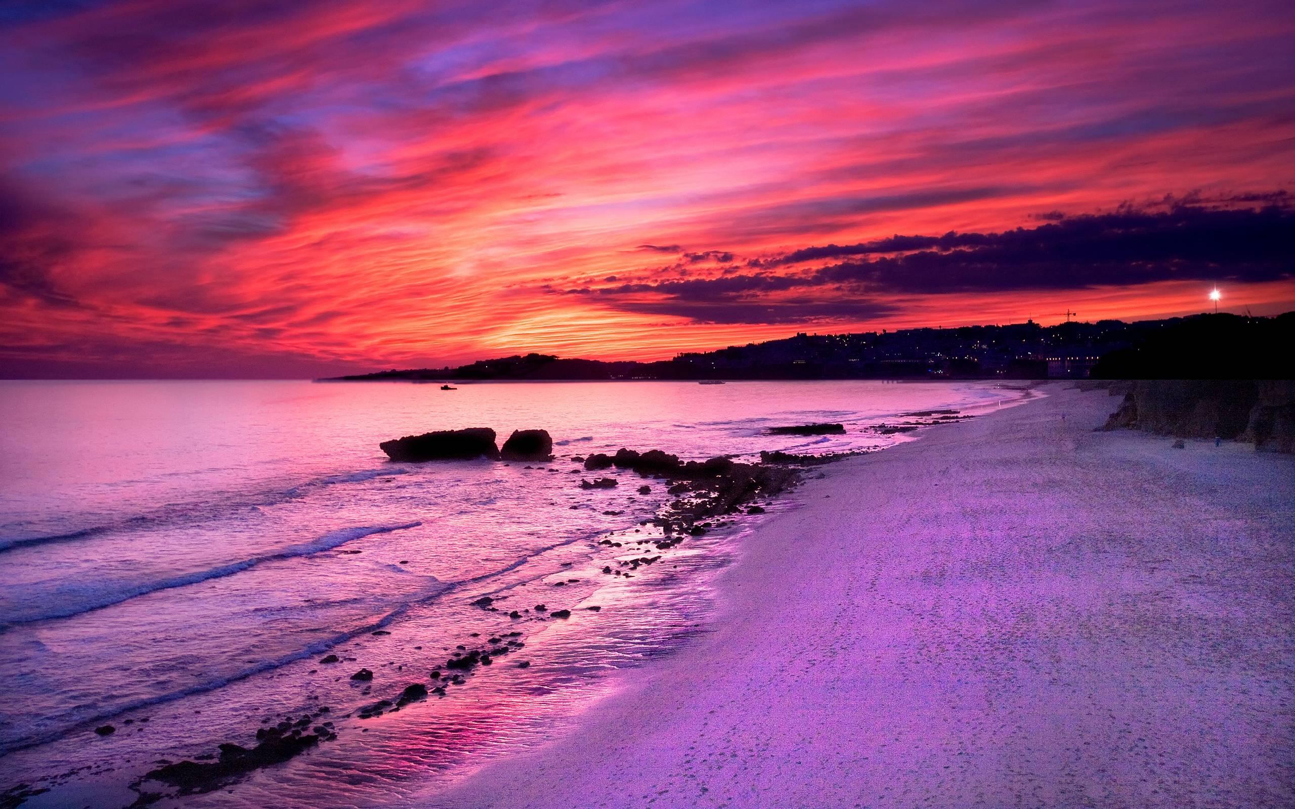 Eruption Creates Colorful U.S. Sunsets