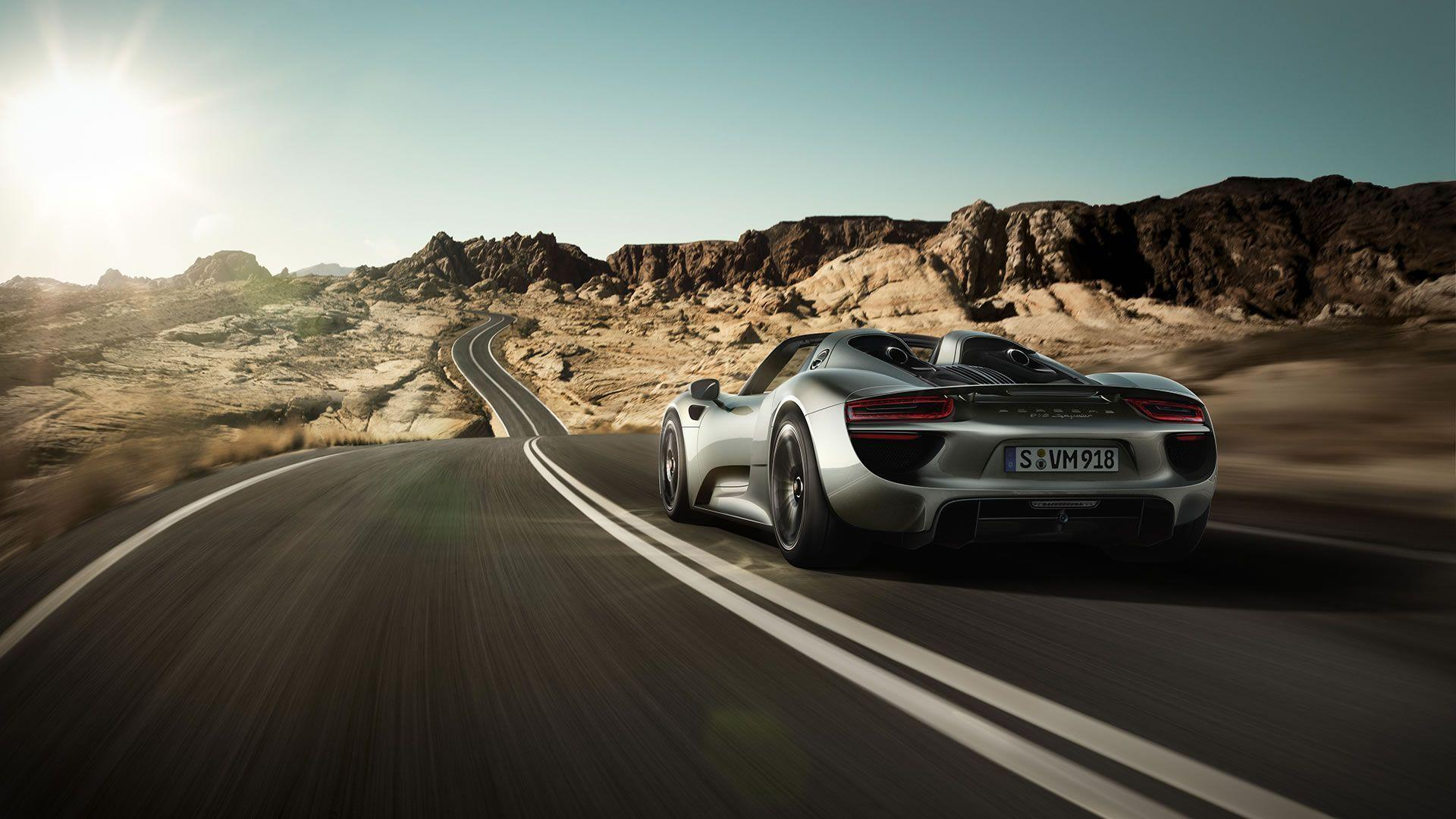 2015 Porsche 918 Spyder Wallpaper