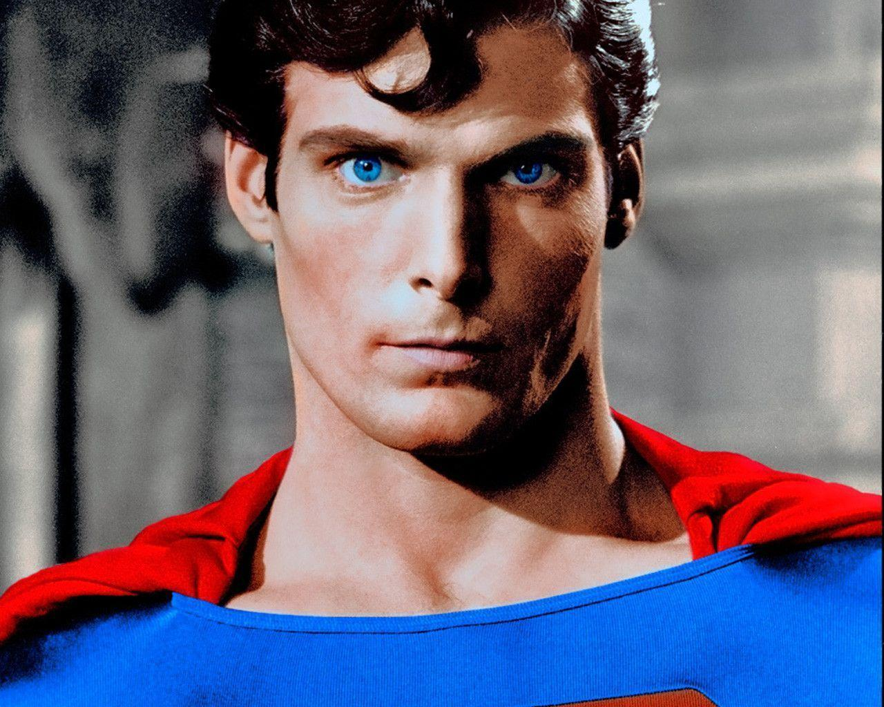 Christopher Reeve's SUPERMAN vs The Avengers HULK and THOR ...