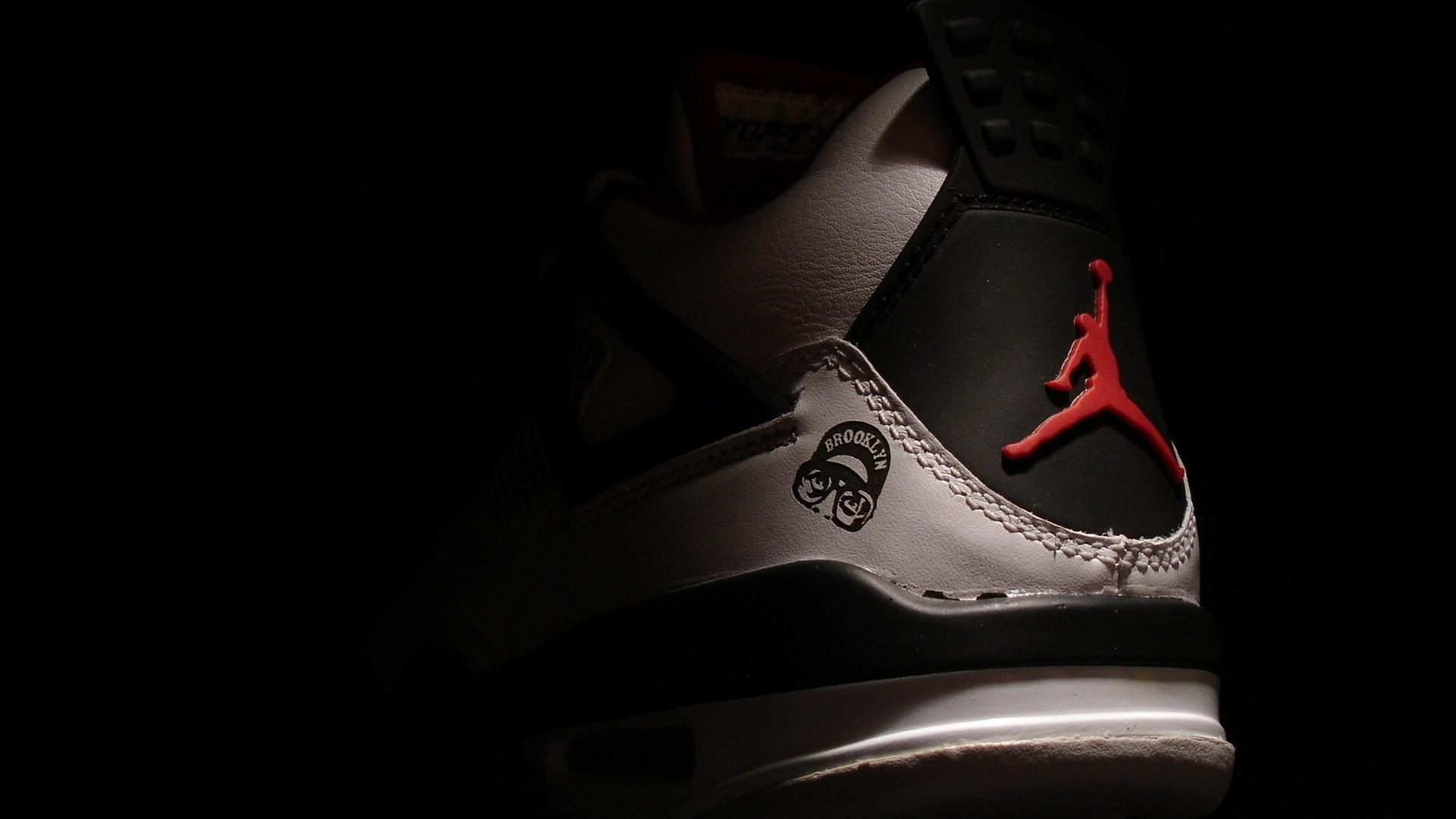 Air Jordan Shoes Wallpaper Hd - TrendShoes