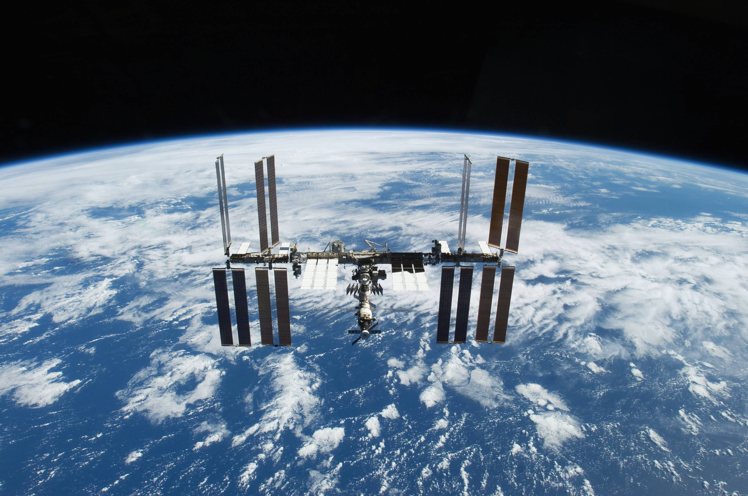 International Space Station Wallpapers - Wallpaper Cave