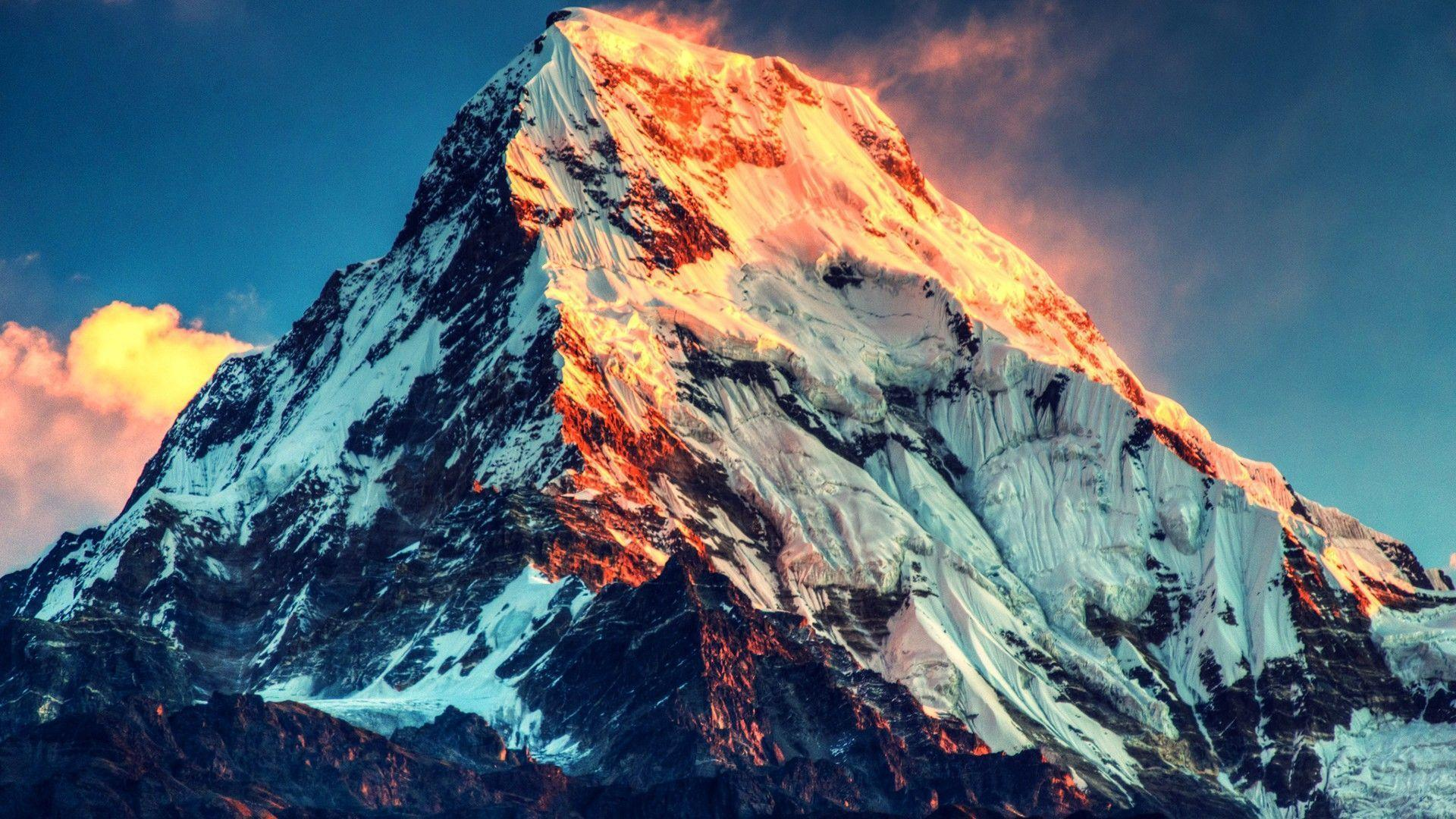 Burning Sunlight Mount Everest HD Wallpapers » FullHDWpp
