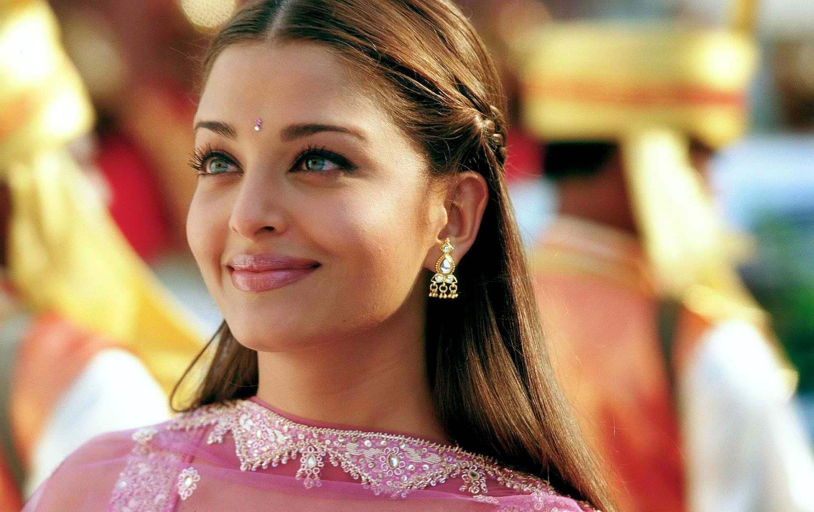 Image result for aishwarya rai young pictures