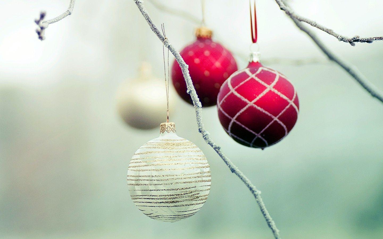 Colorful Christmas ornaments wallpaper 31071 - Christmas - Festival