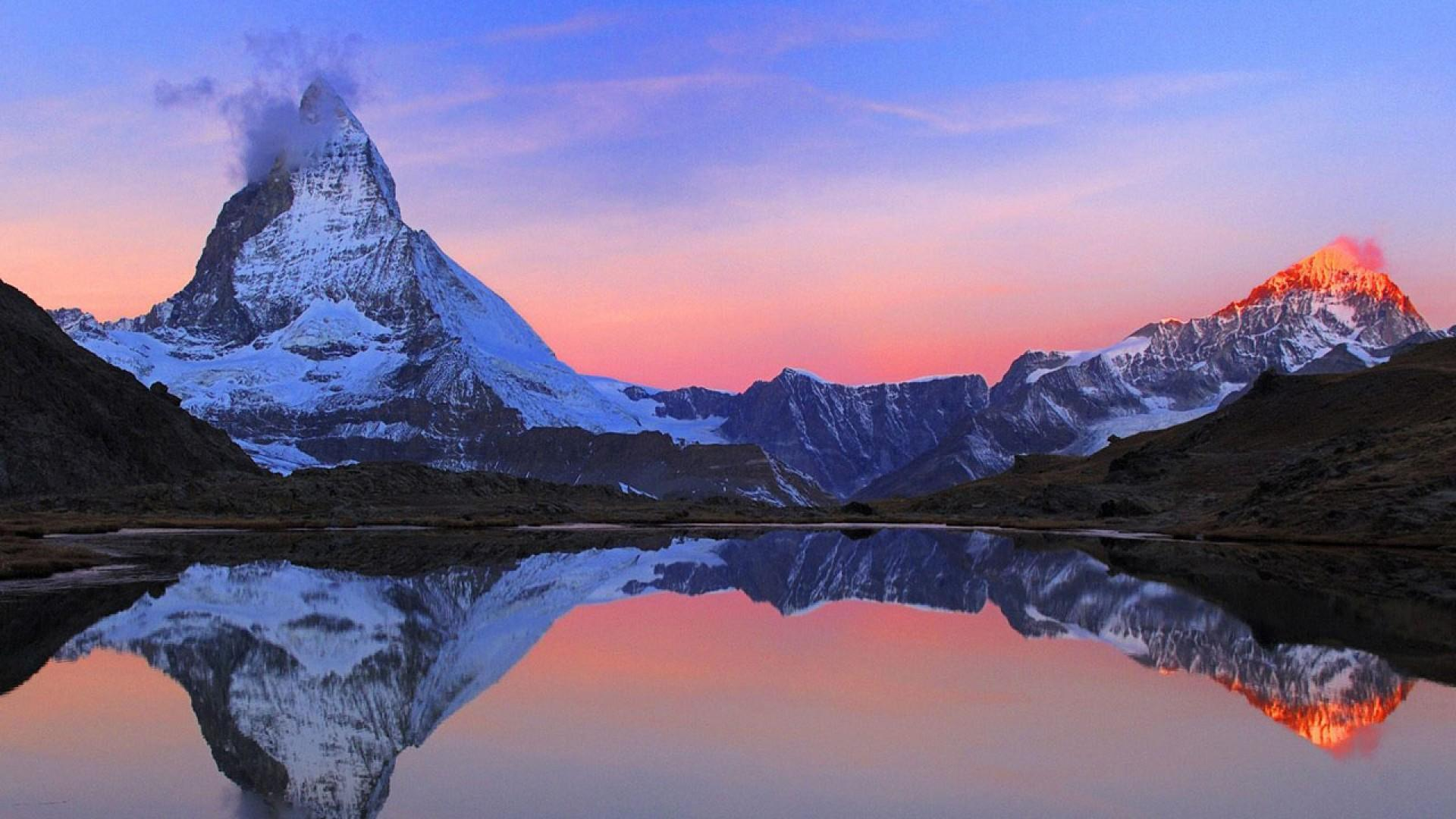 HD Break Of Dawn In The Swiss Alps Wallpaper