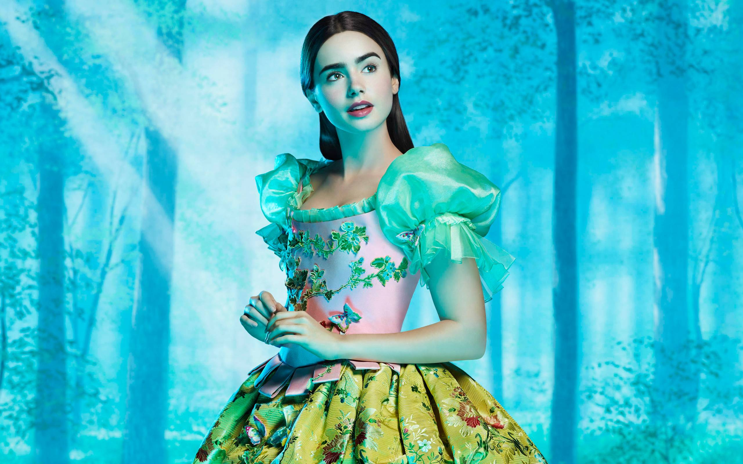 Lily Collins as Snow White Wallpapers