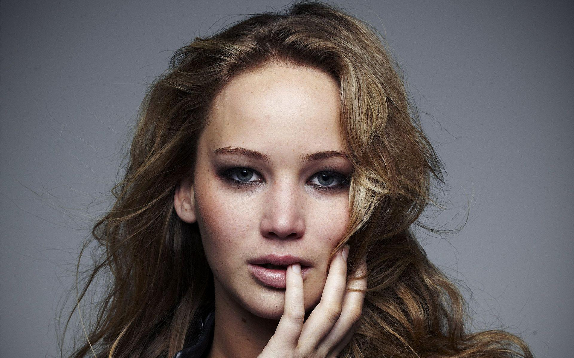 Jennifer Lawrence Wallpaper 39245 in Celebrities F - Telusers.