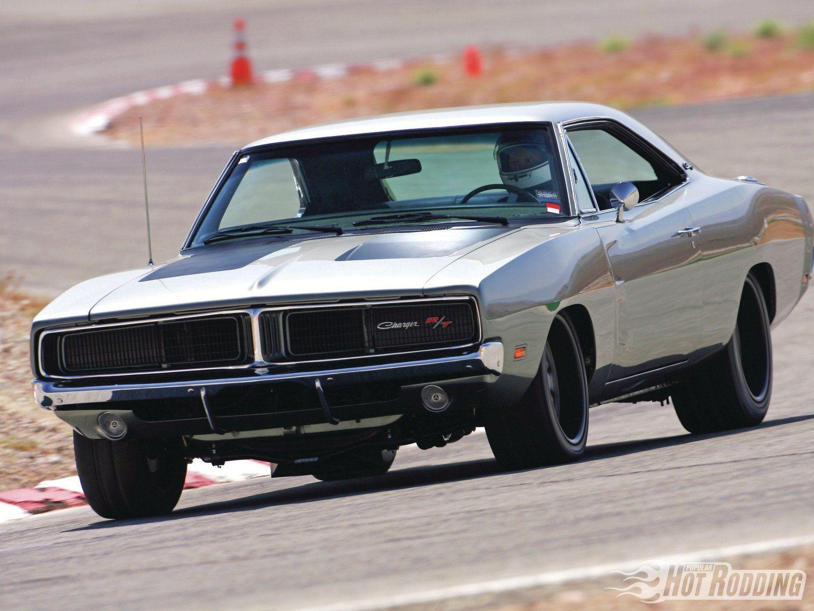 1969 Dodge Charger....fatty or skinnies for treads?
