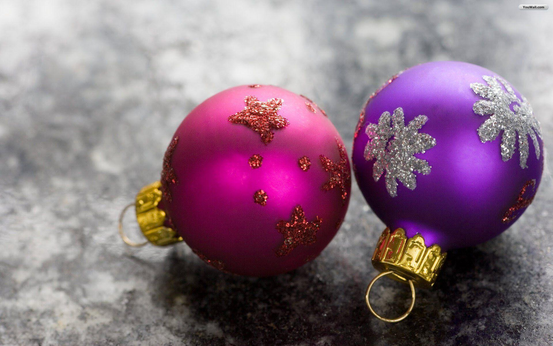 Wallpapers For > Colorful Christmas Ornaments Wallpaper