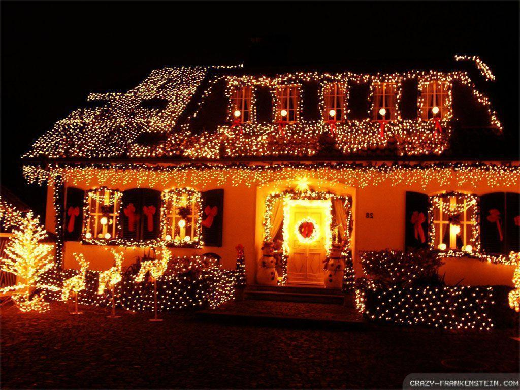 Christmas house wallpapers wallpaper cave - Pictures of homes decorated for christmas on the inside ...