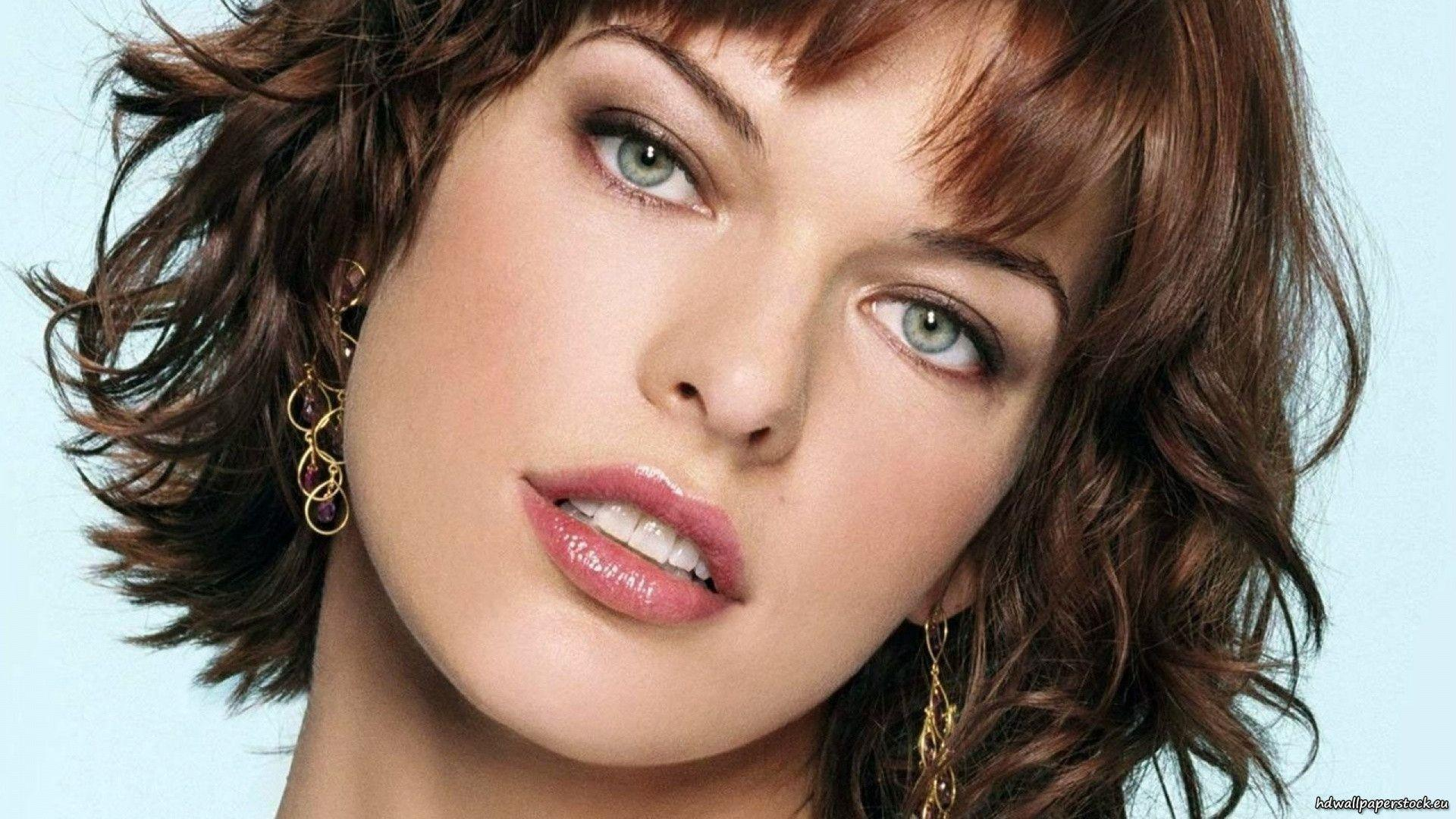 Milla Jovovich HD Wallpapers in 1920x1080 Resolution