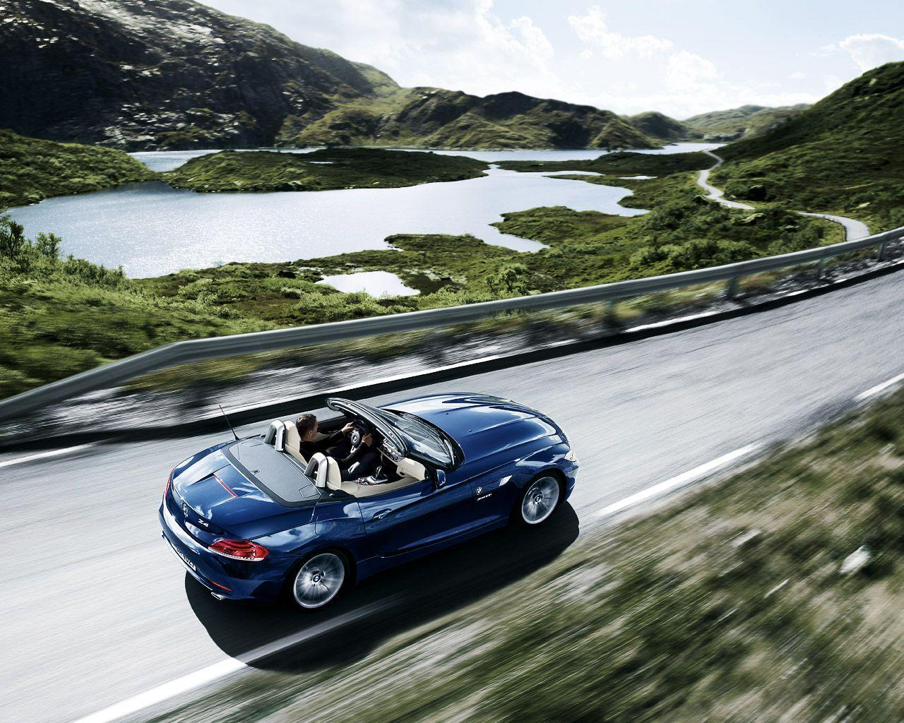THE most amazing 2009 BMW Z4 wallpapers