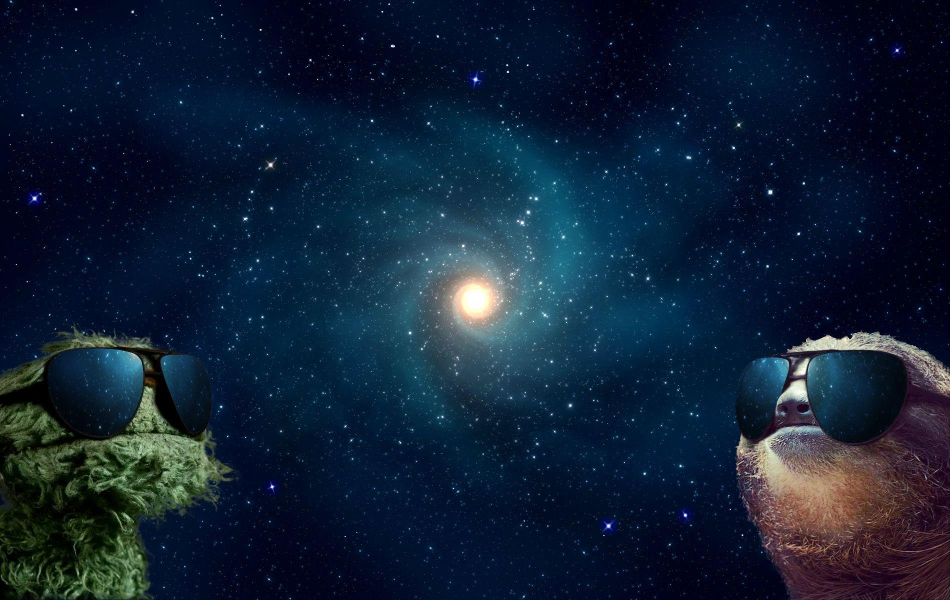 Sloth and Grover in Space HD Wallpapers