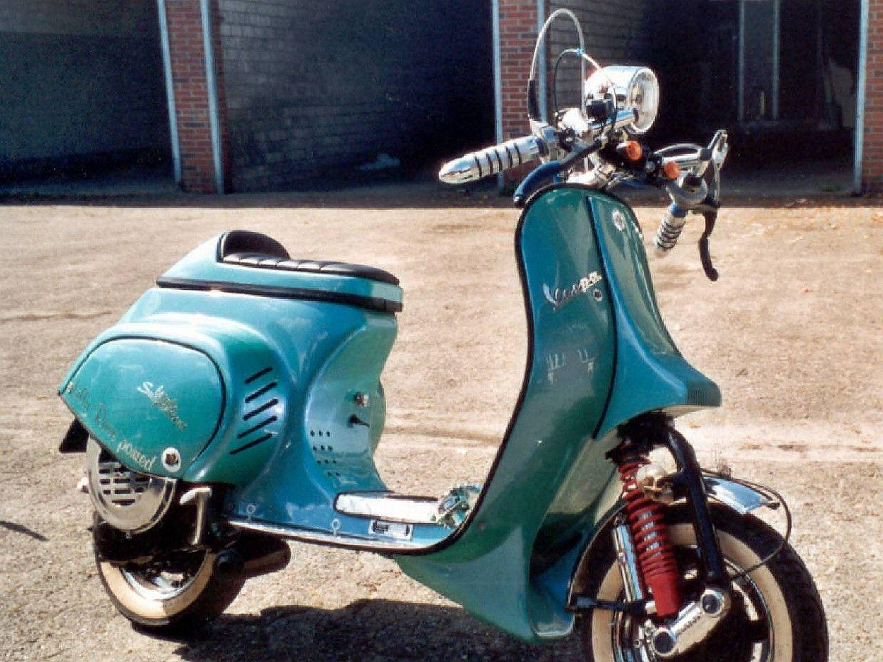 5 Vespa Wallpapers | Vespa Backgrounds