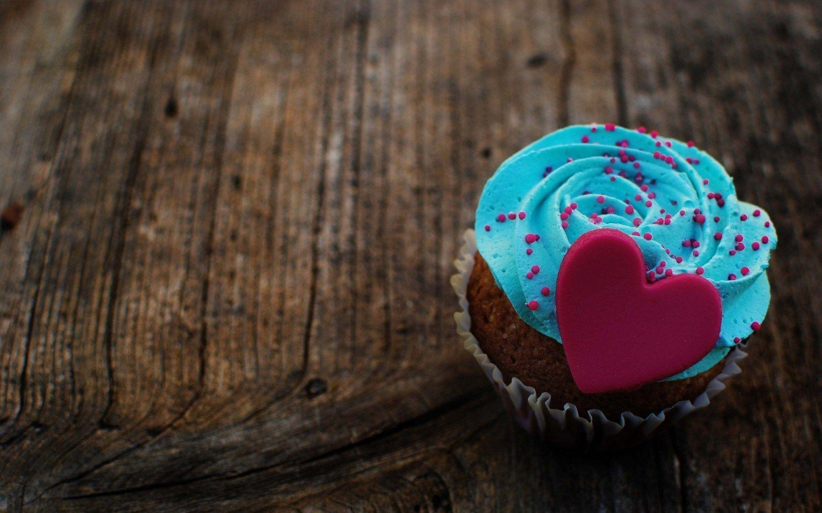 Marzipan Heart Cream Blue Dessert Cake Love HD Wallpaper - ZoomWalls
