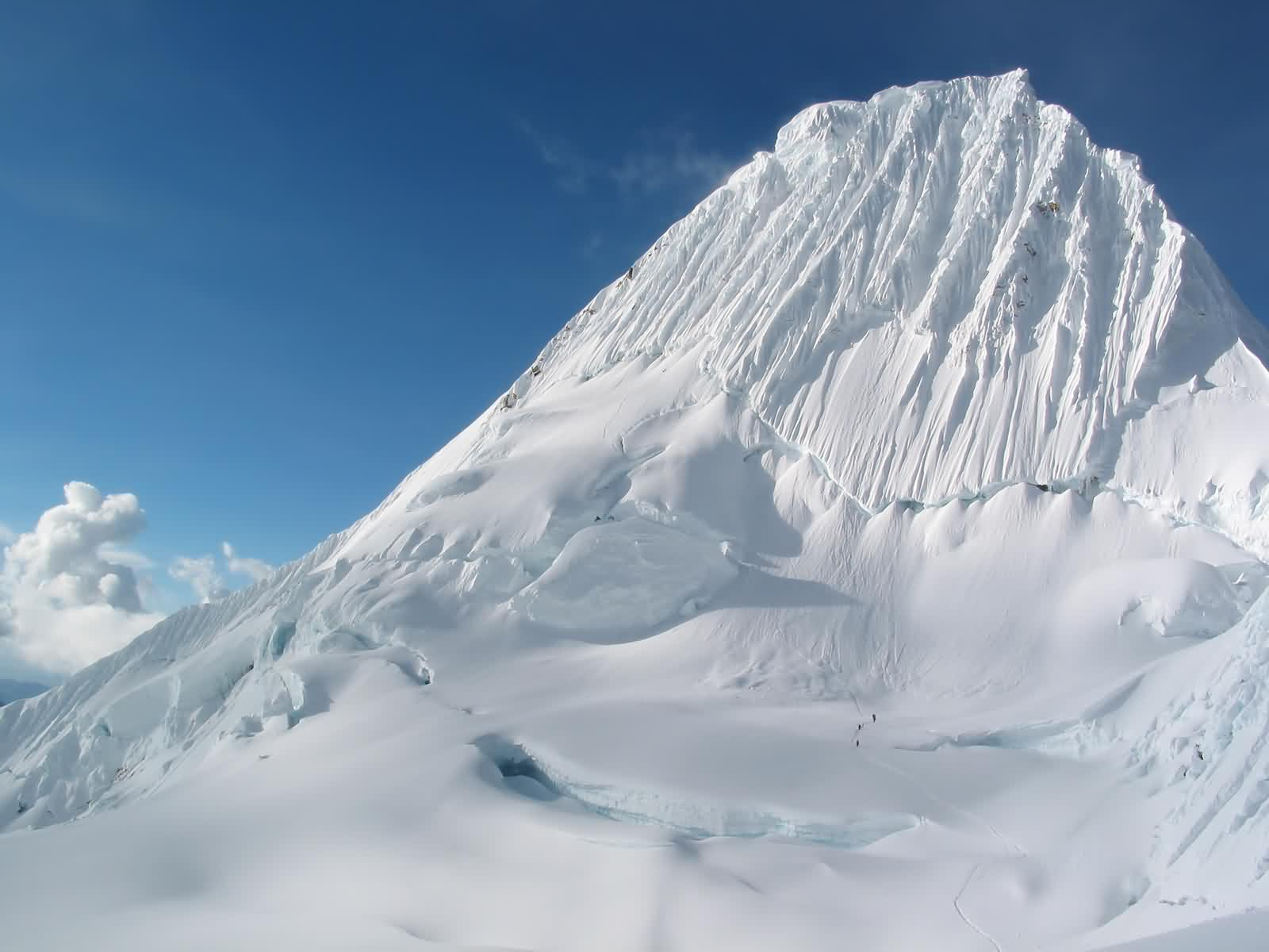 Snow Mountain HD Wallpapers