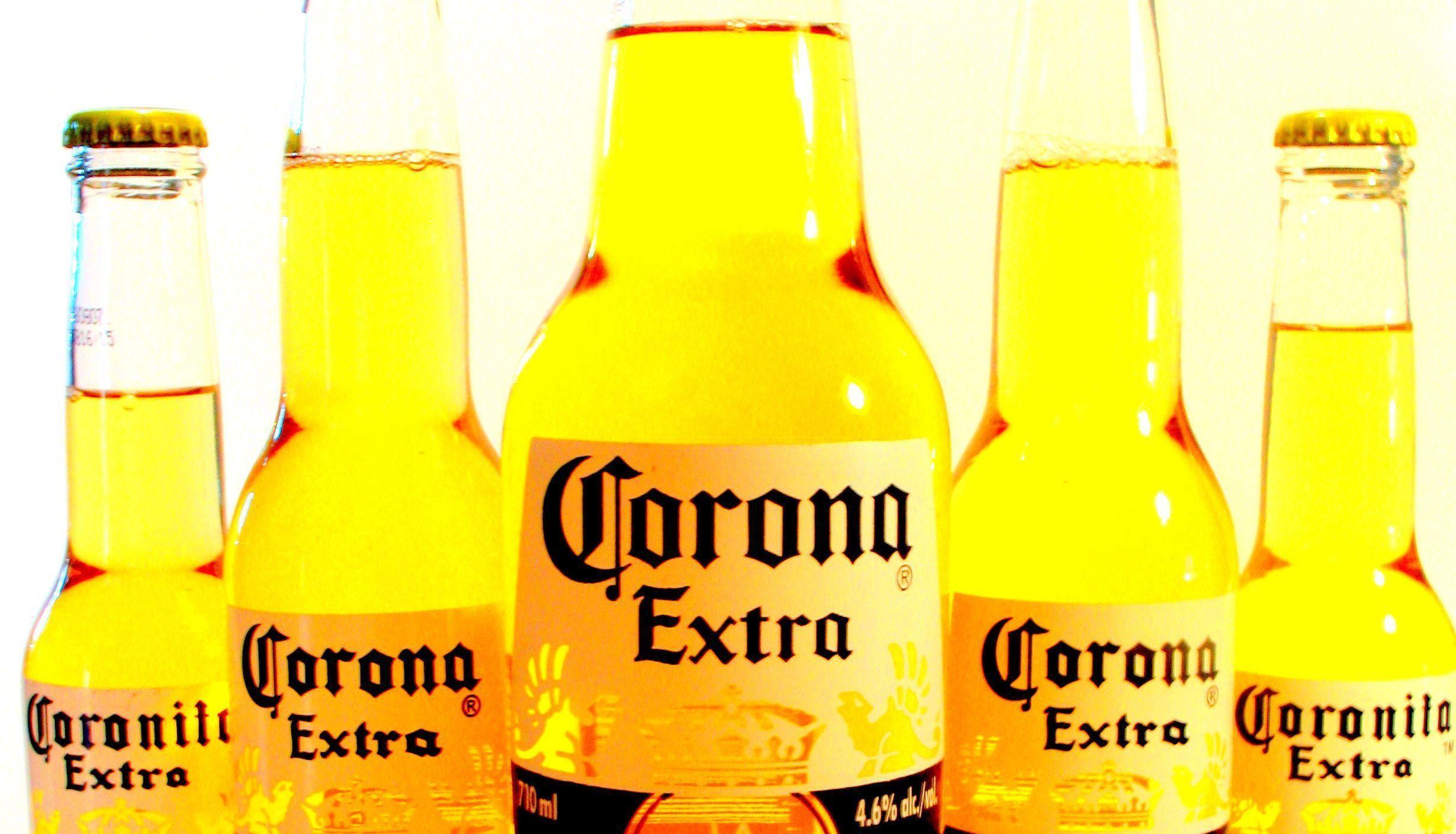 Corona Extra Wa...