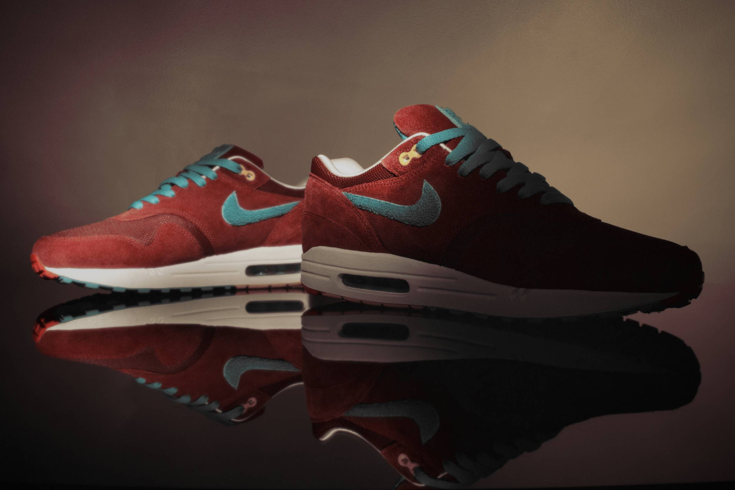 "100% authentic 1c19e eacf3 Wallpaper  Nike Parra x Patta Air Max 1 ""Cherrywood Red"" – WP."