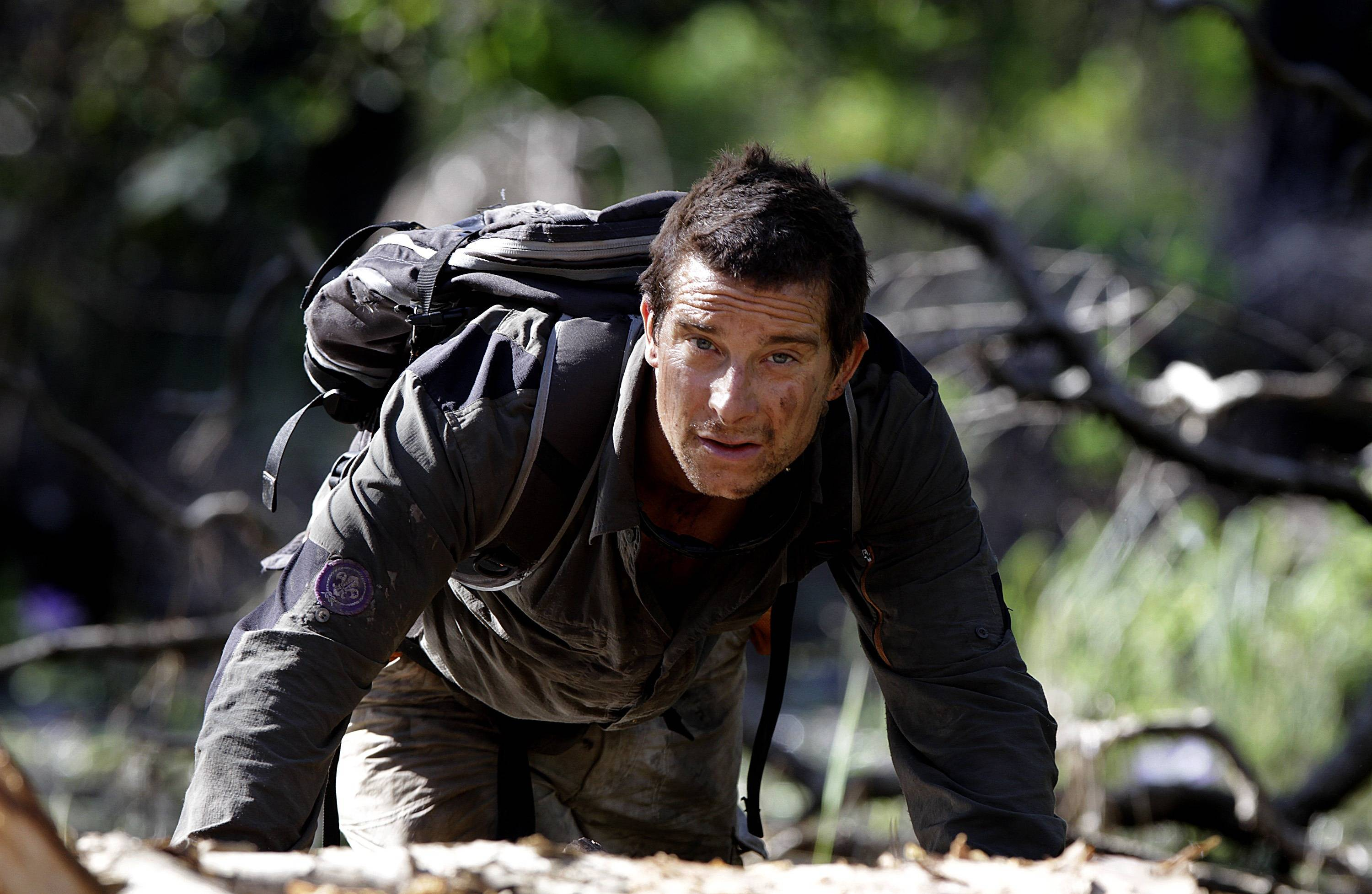 Discovery Channel Man Cave Show : Bear grylls wallpapers wallpaper cave