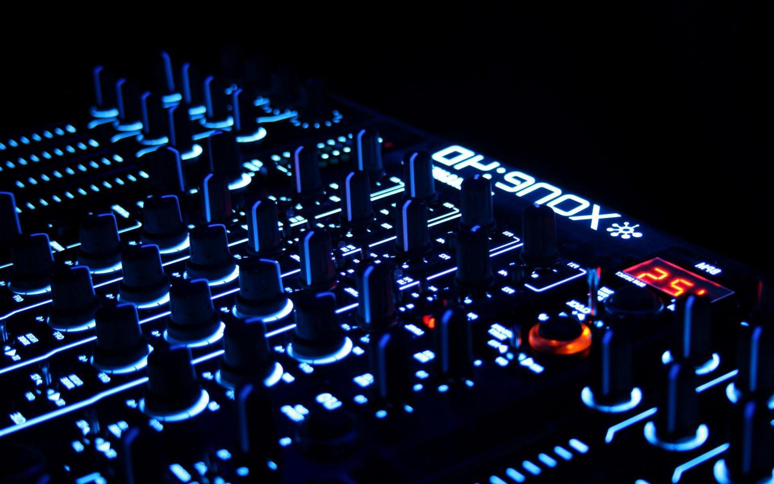 House music dj wallpapers wallpaper cave for Famous house music