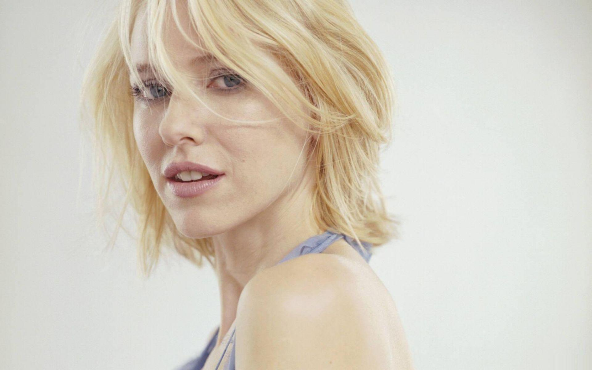 Naomi Watts Wallpaper | HD Wallpapers