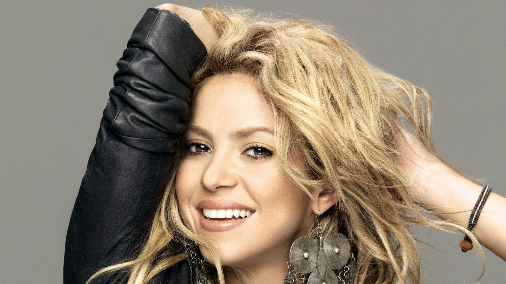 16 Beautiful Shakira Hd Wallpapers