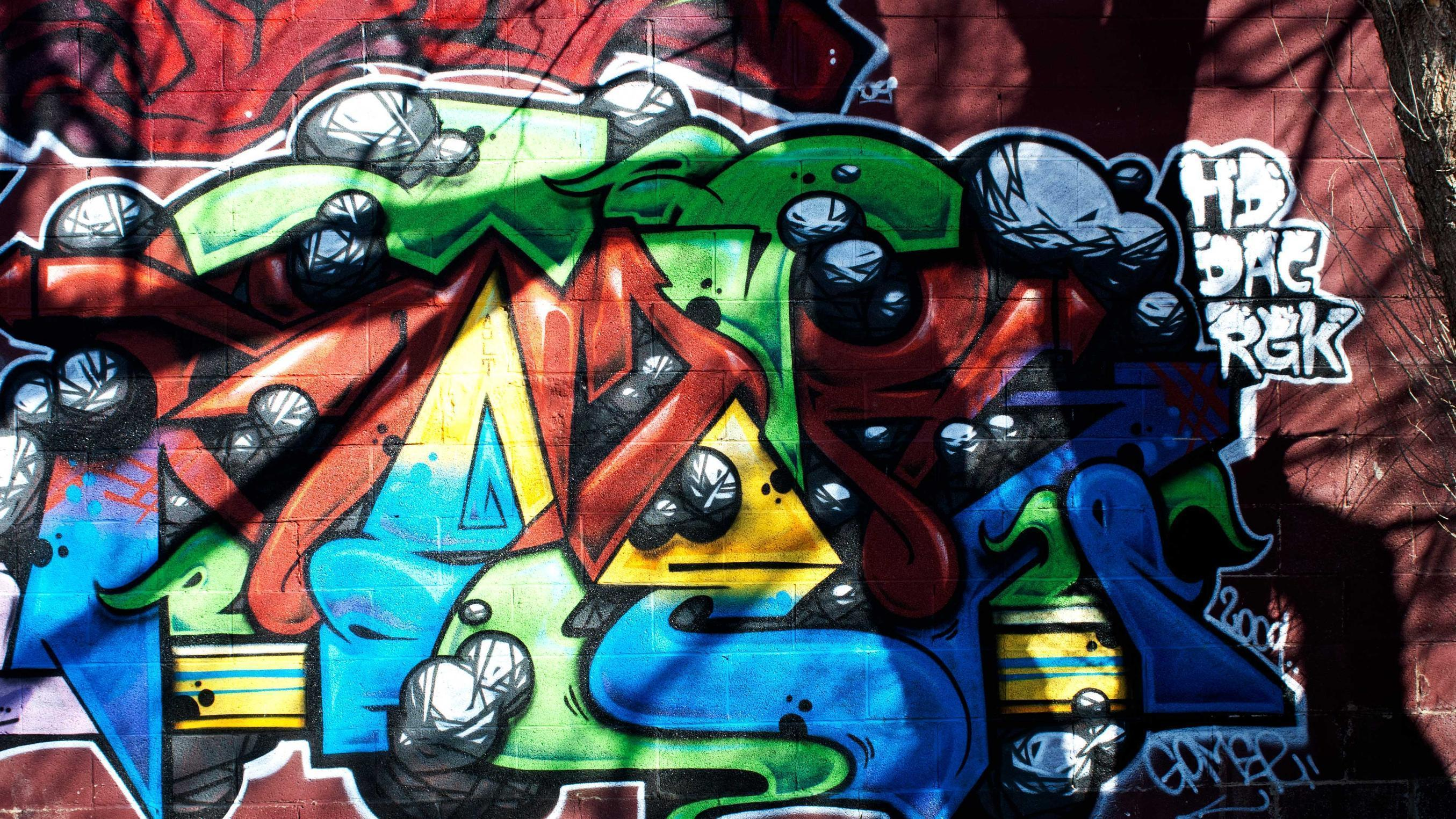 Обои граффити на рабочий стол бесплатно