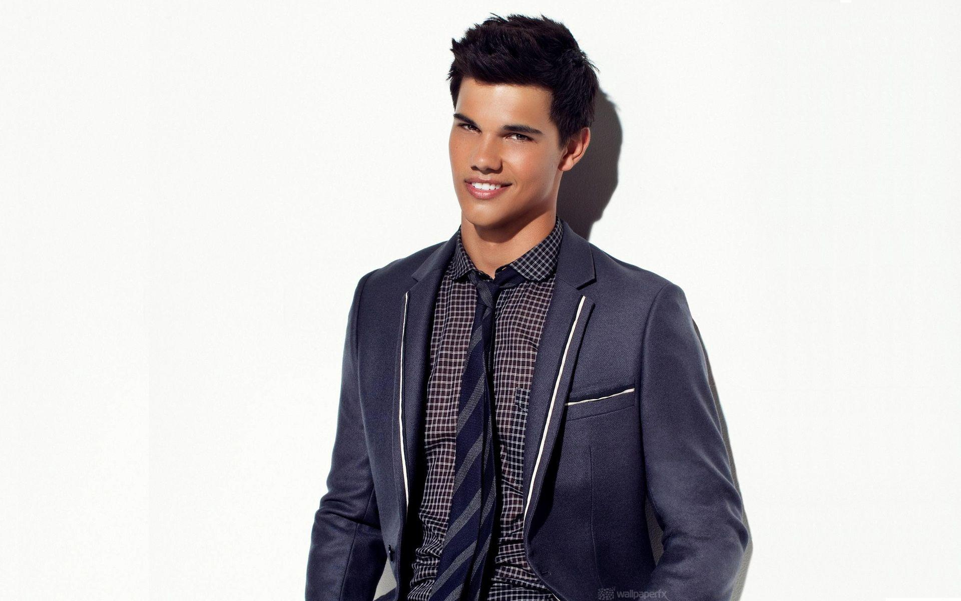 Wallpapers Of Taylor Lautner