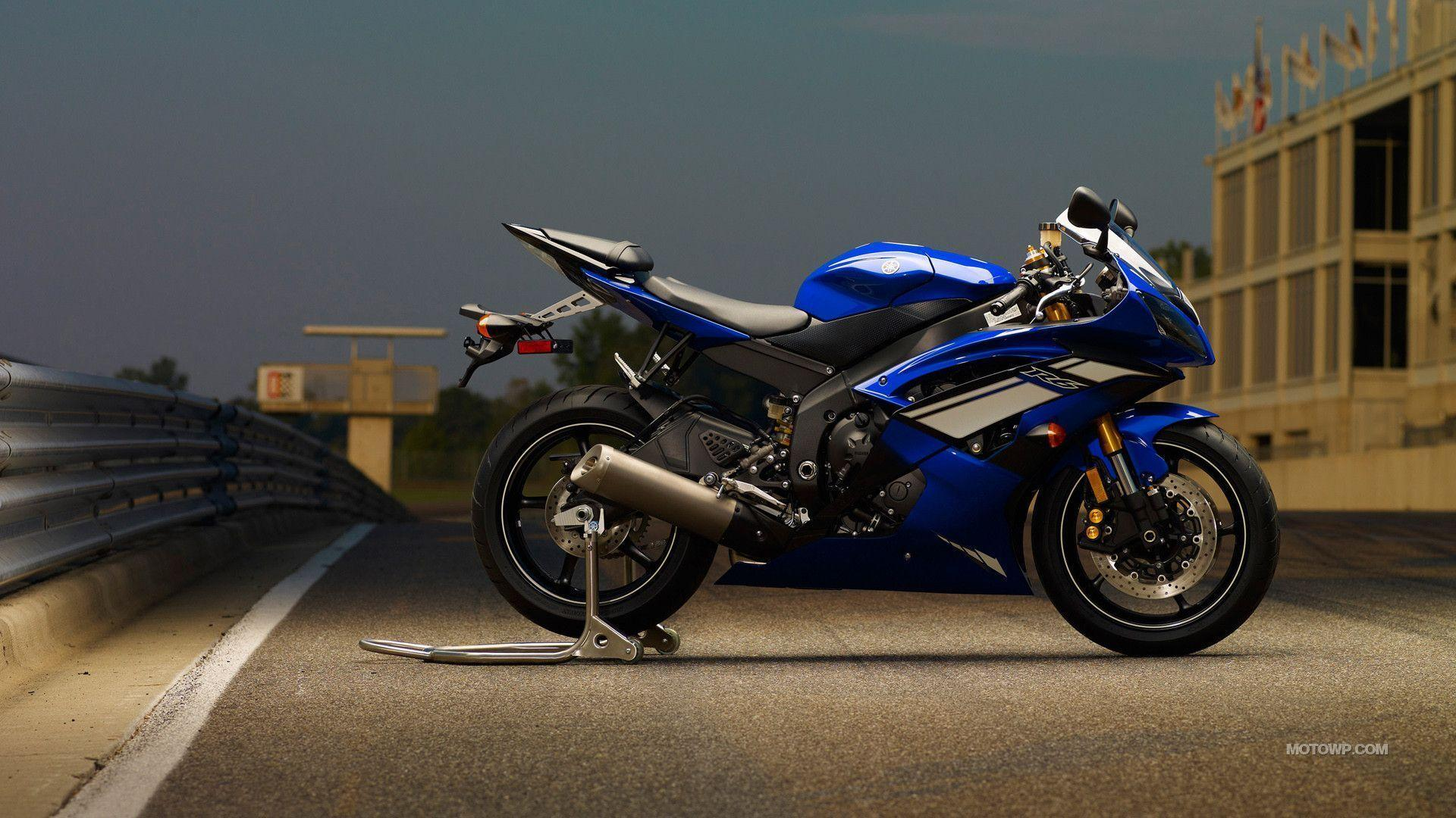 Yamaha R6 Wallpapers