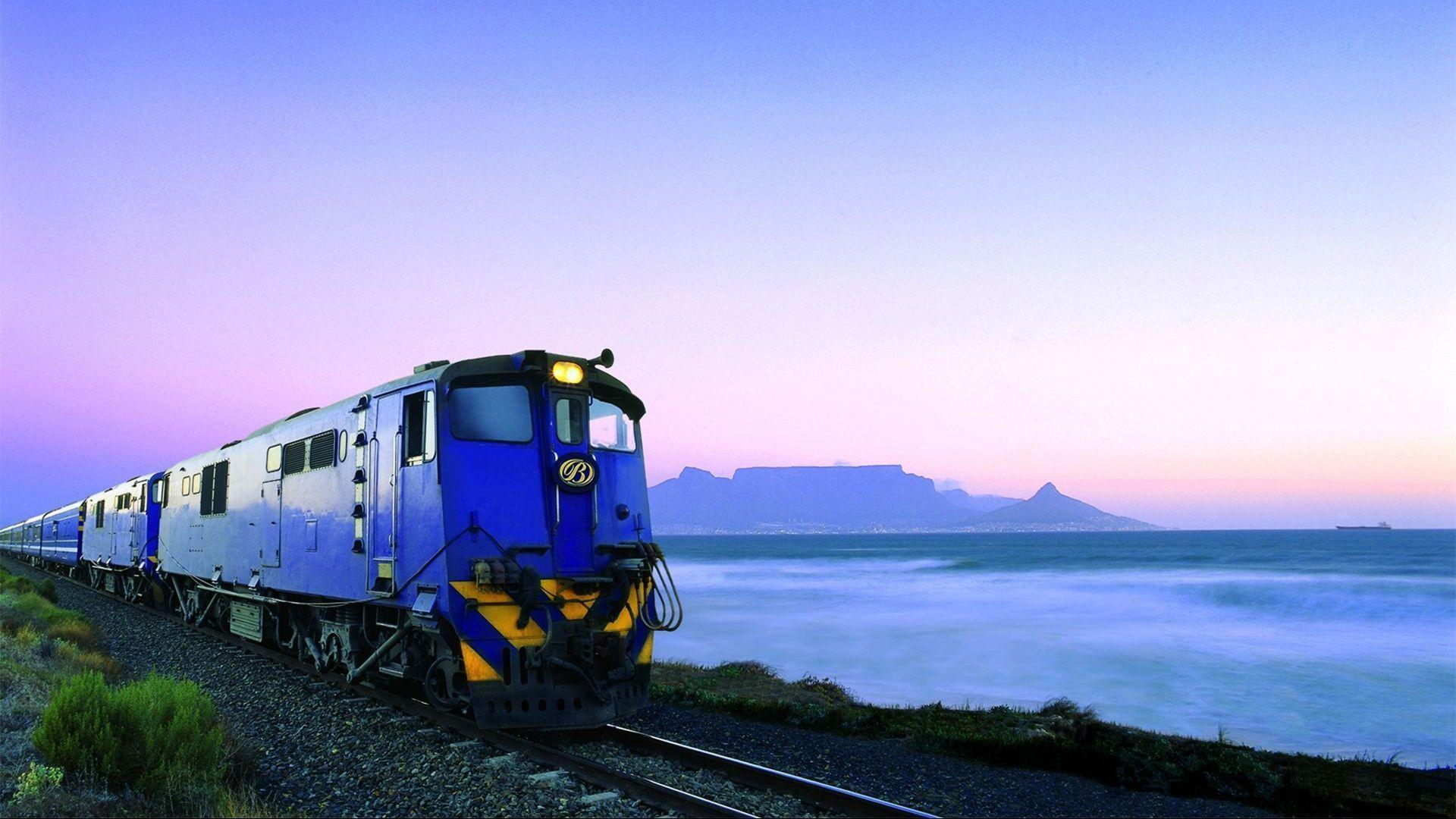 HD Train Leaving Table Mountain South Africa Wallpaper | Download ...