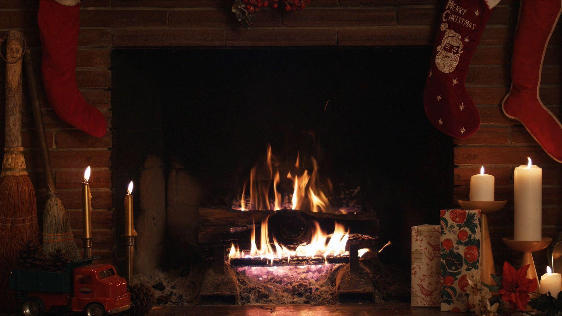 Pix For > Christmas Fireplace