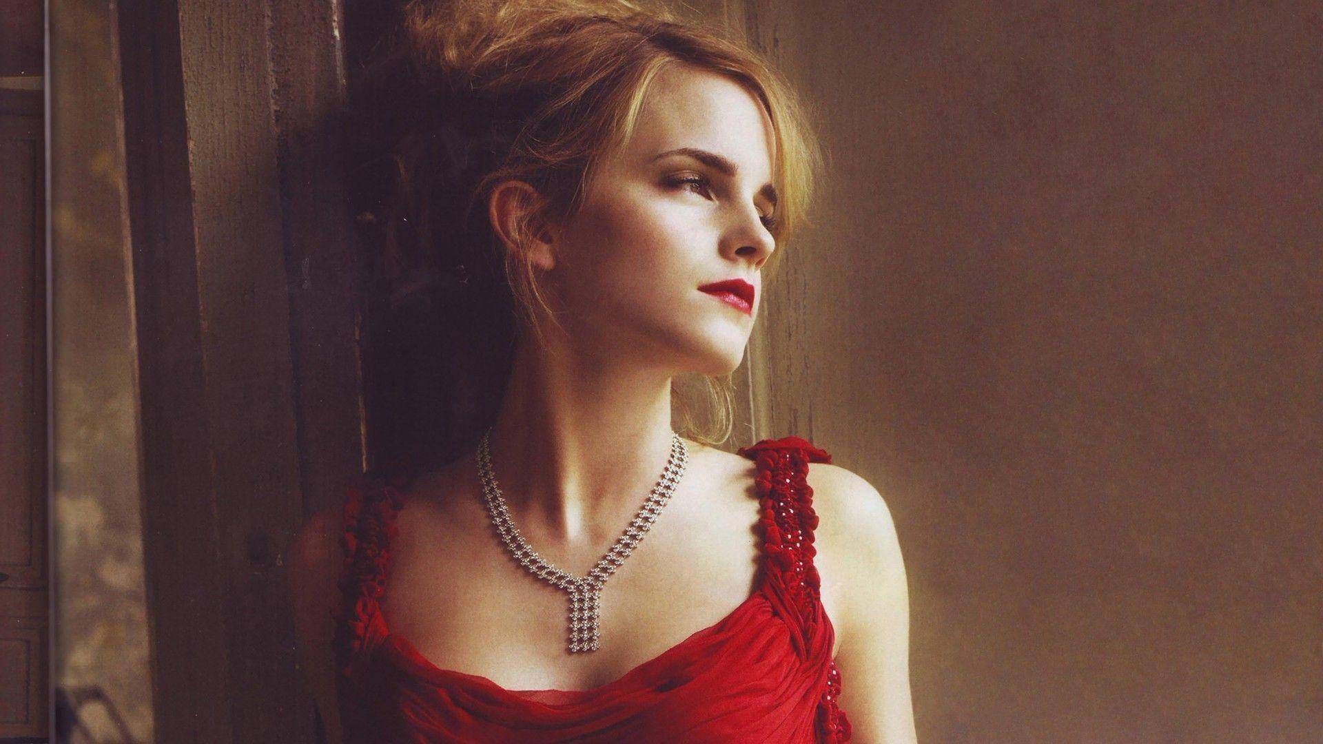 Emma Watson Wallpaper #