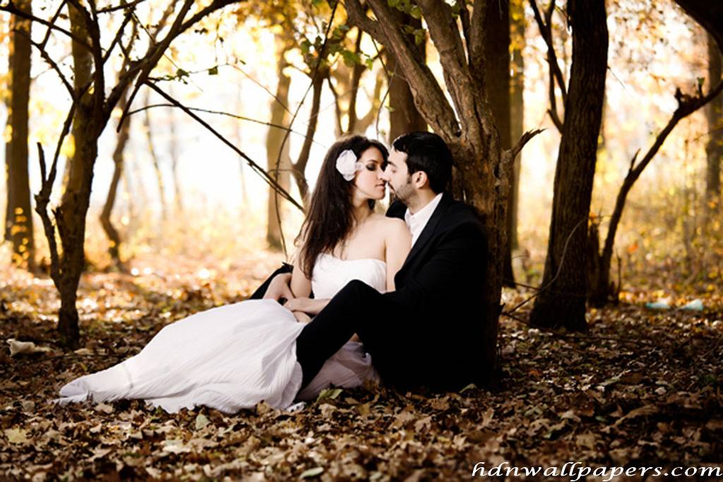 Romantic Moments Hd Wallpapers And Pictures Enjoy New And