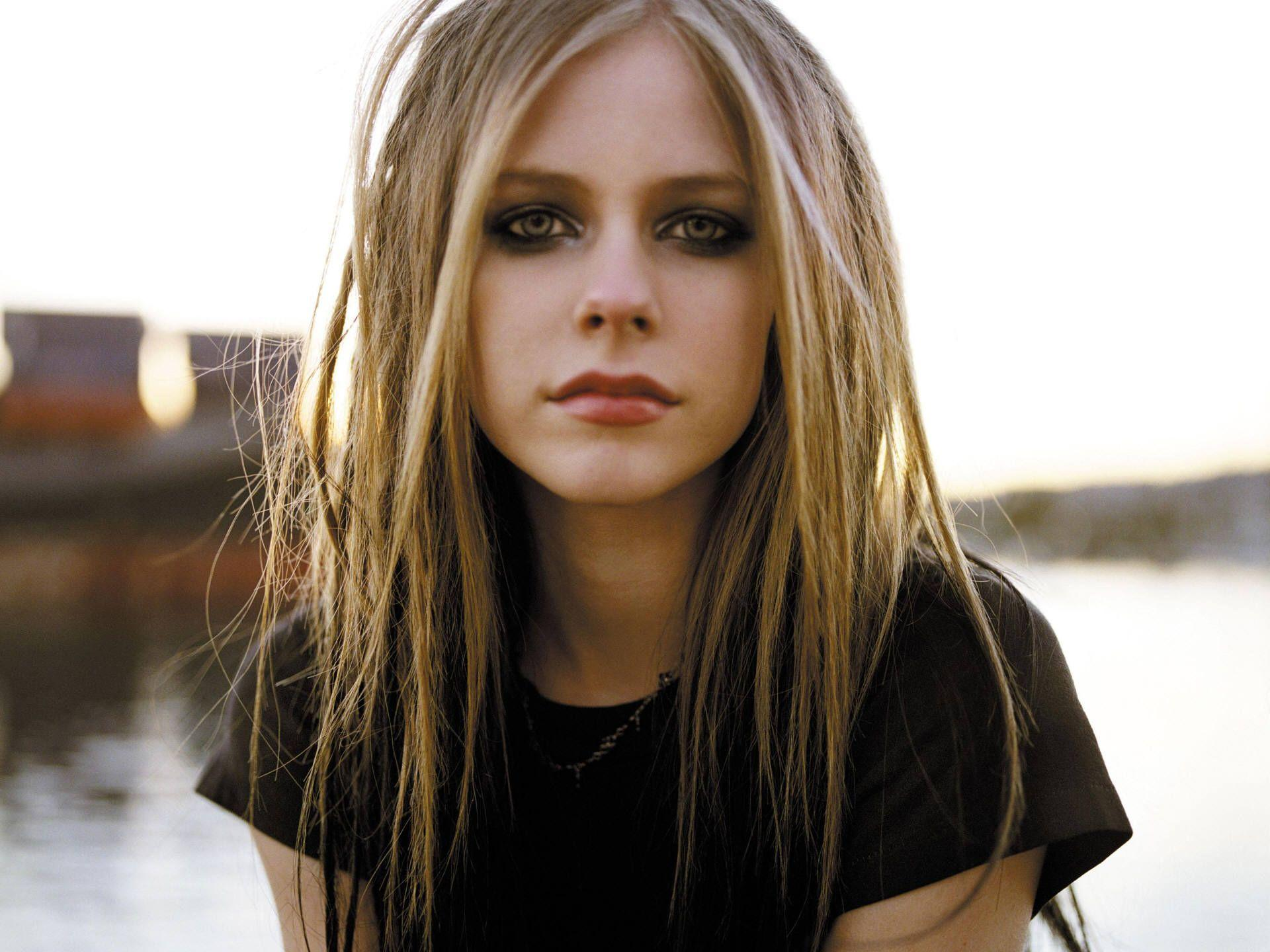 Avril Lavigne Wallpapers Wallpaper Cave