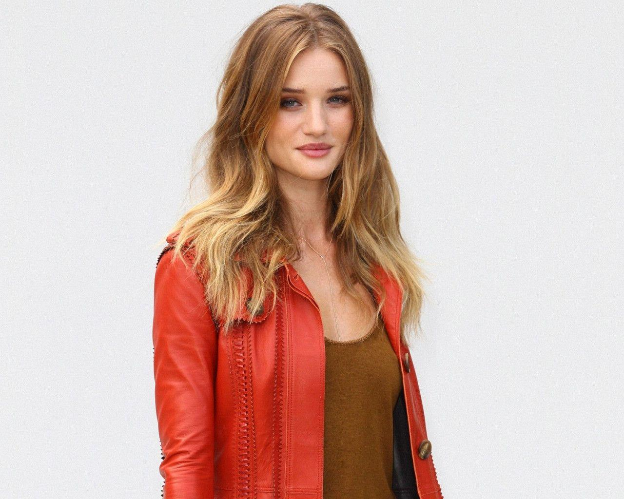 Rosie Huntington Whiteley Wallpapers Gallery