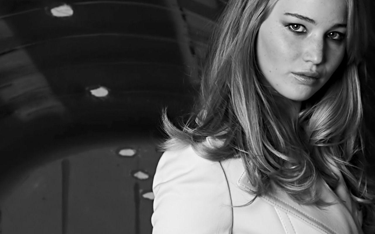 Black and White Wallpaper HD Jennifer-Lawrence-beautiful ...