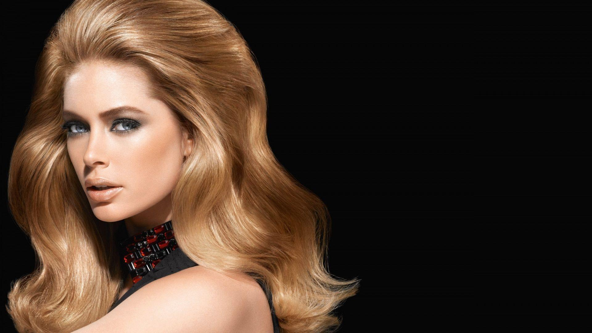Pix For > Doutzen Kroes Wallpaper 2013
