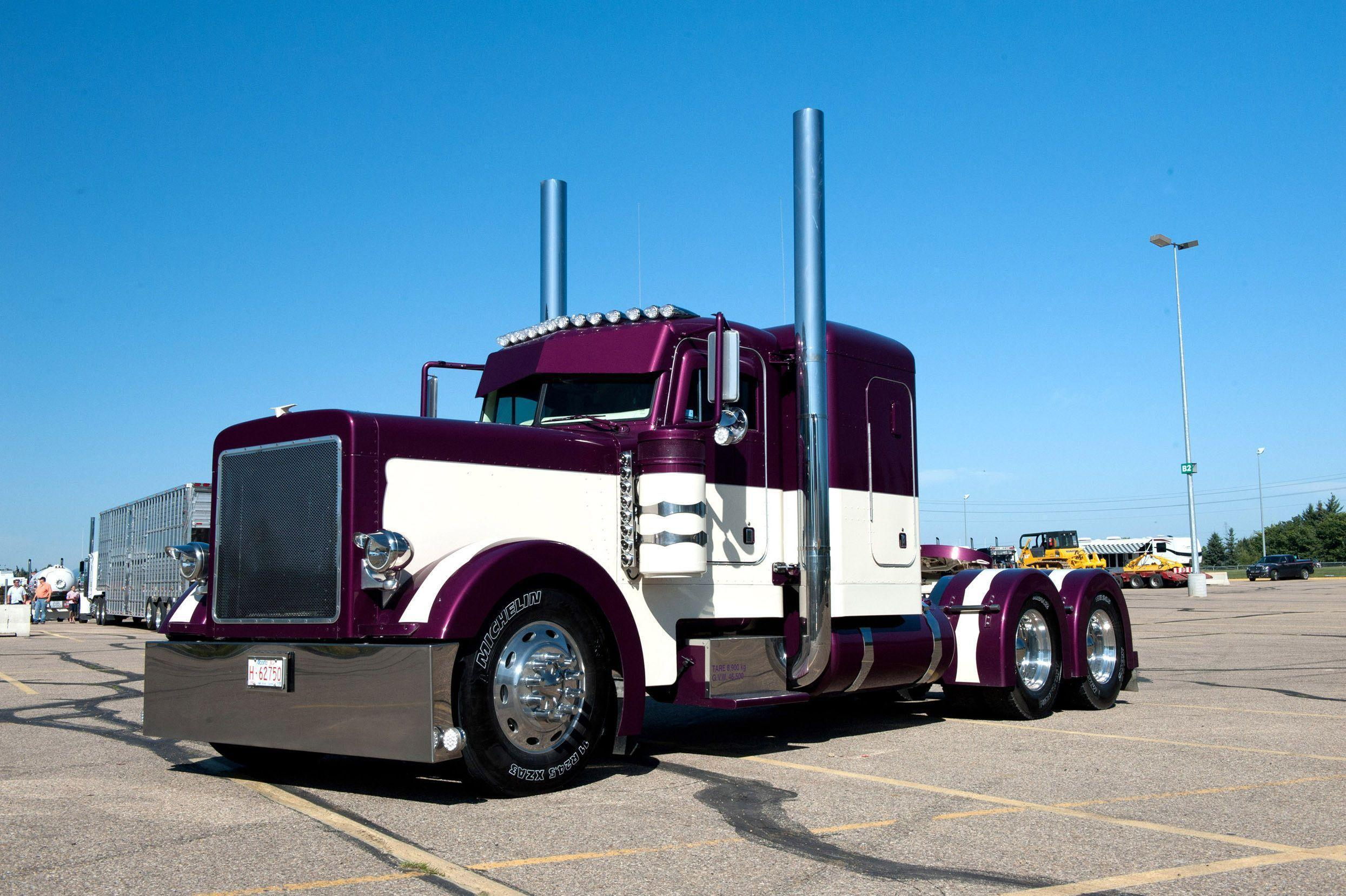 Peterbilt Trucks Wallpaper | typesofvehicles.