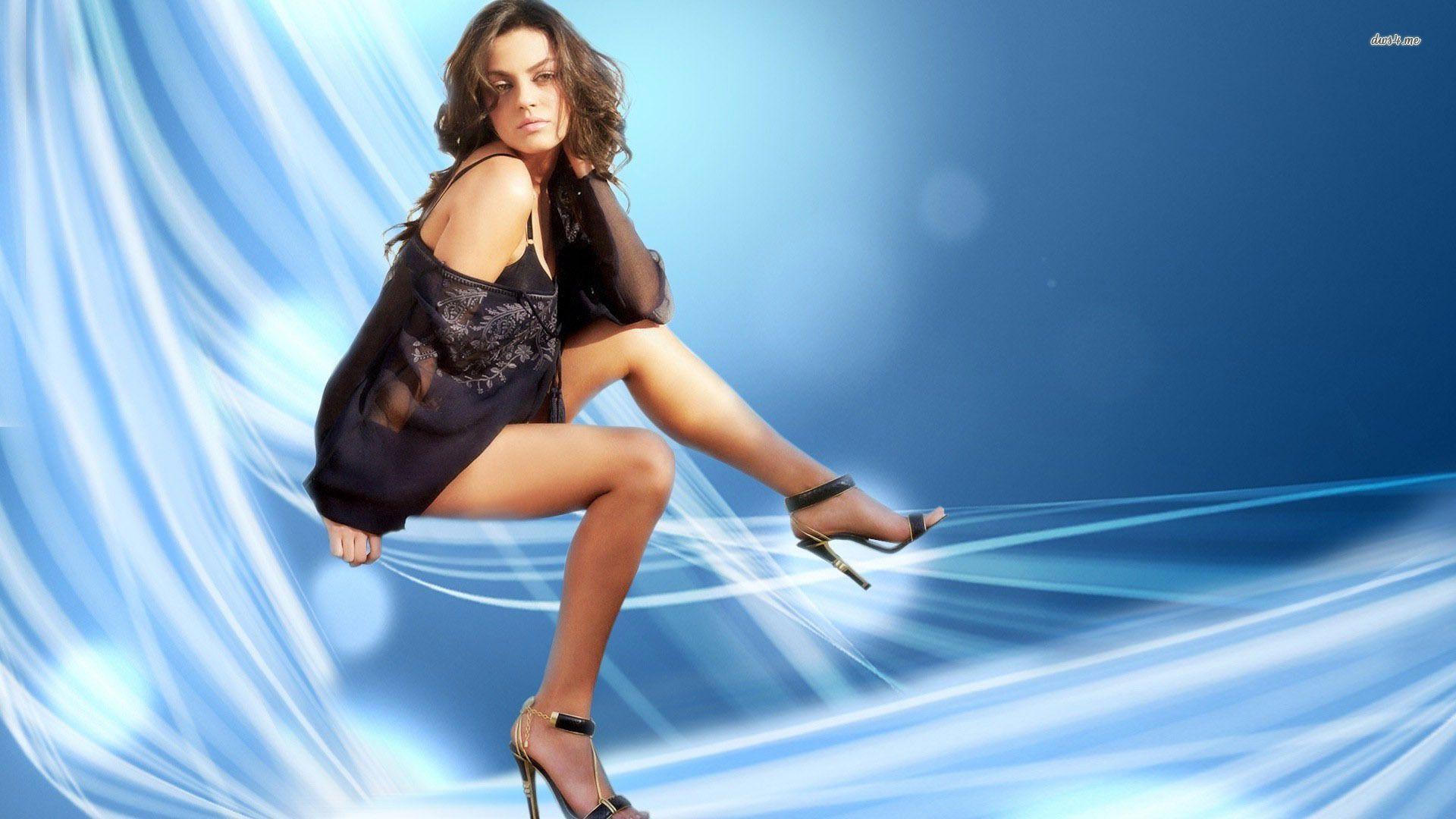 Mila Kunis Wallpaper 60 Backgrounds | Wallruru.