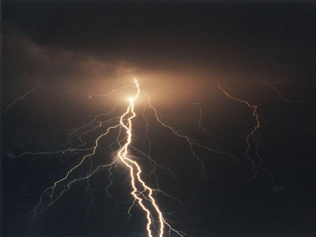 Wallpaper Id Lightning Bolt Resolution Px 1024x768PX ~ Lightning ...
