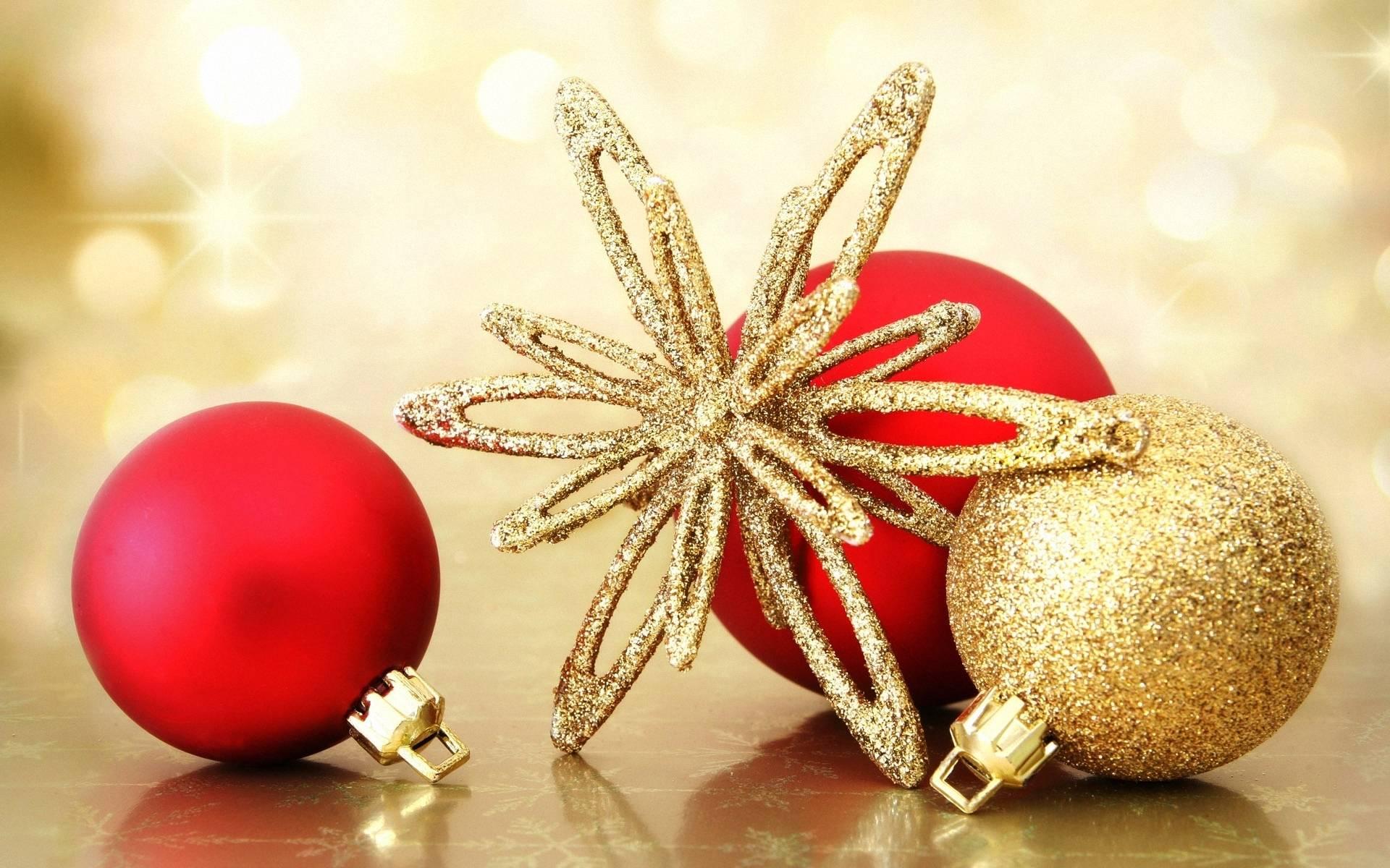 Golden Christmas ornaments - Christmas Wallpaper (22229790) - Fanpop