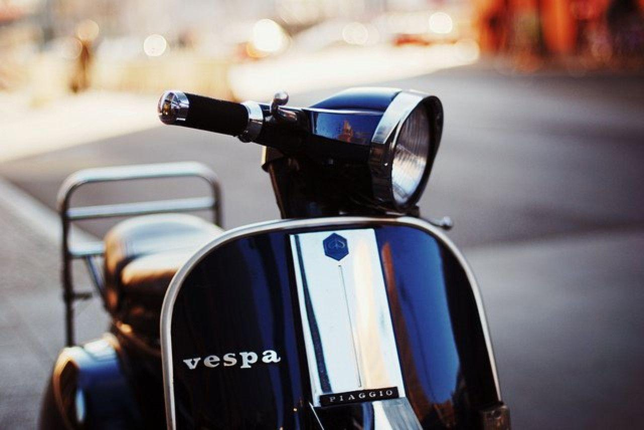 Vespa Px125 Wallpaper - Download Free Motorcycle Wallpapers