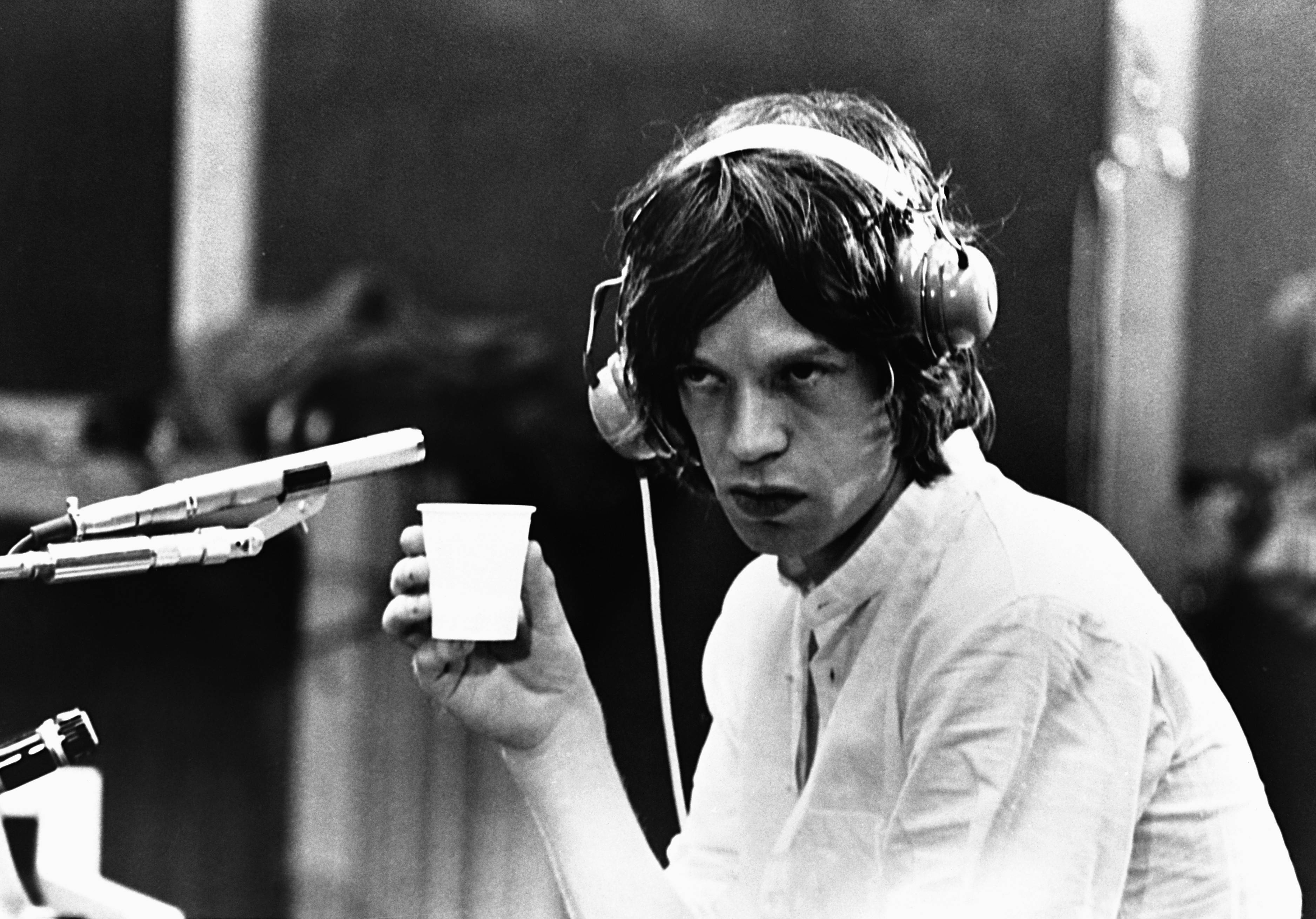 Mick Jagger angry to disclose medical information | Aunti