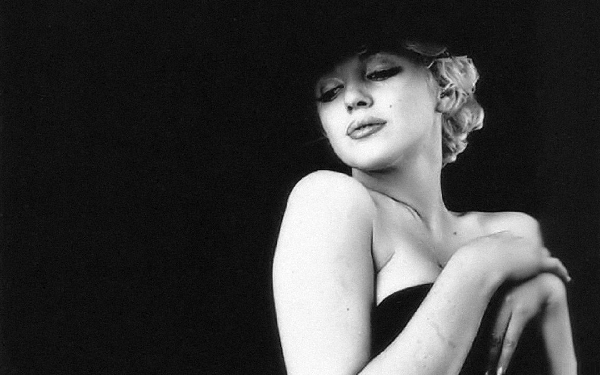 Marilyn Monroe Wallpaper Black And White 14907 Full HD Wallpaper ...