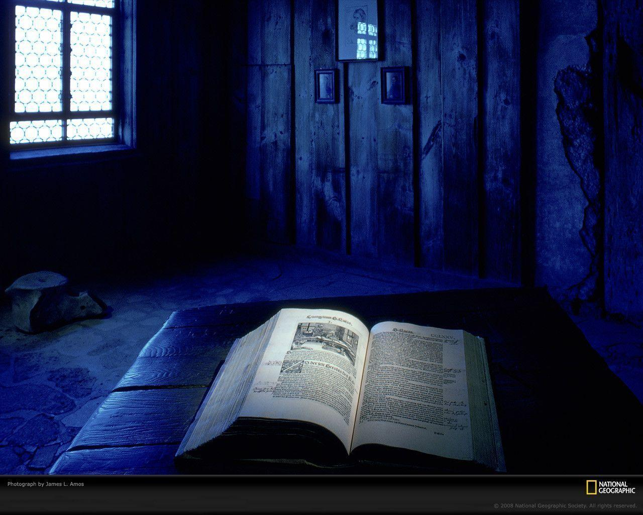Christian Photography: The Holy Bible Wallpaper - Christian ...