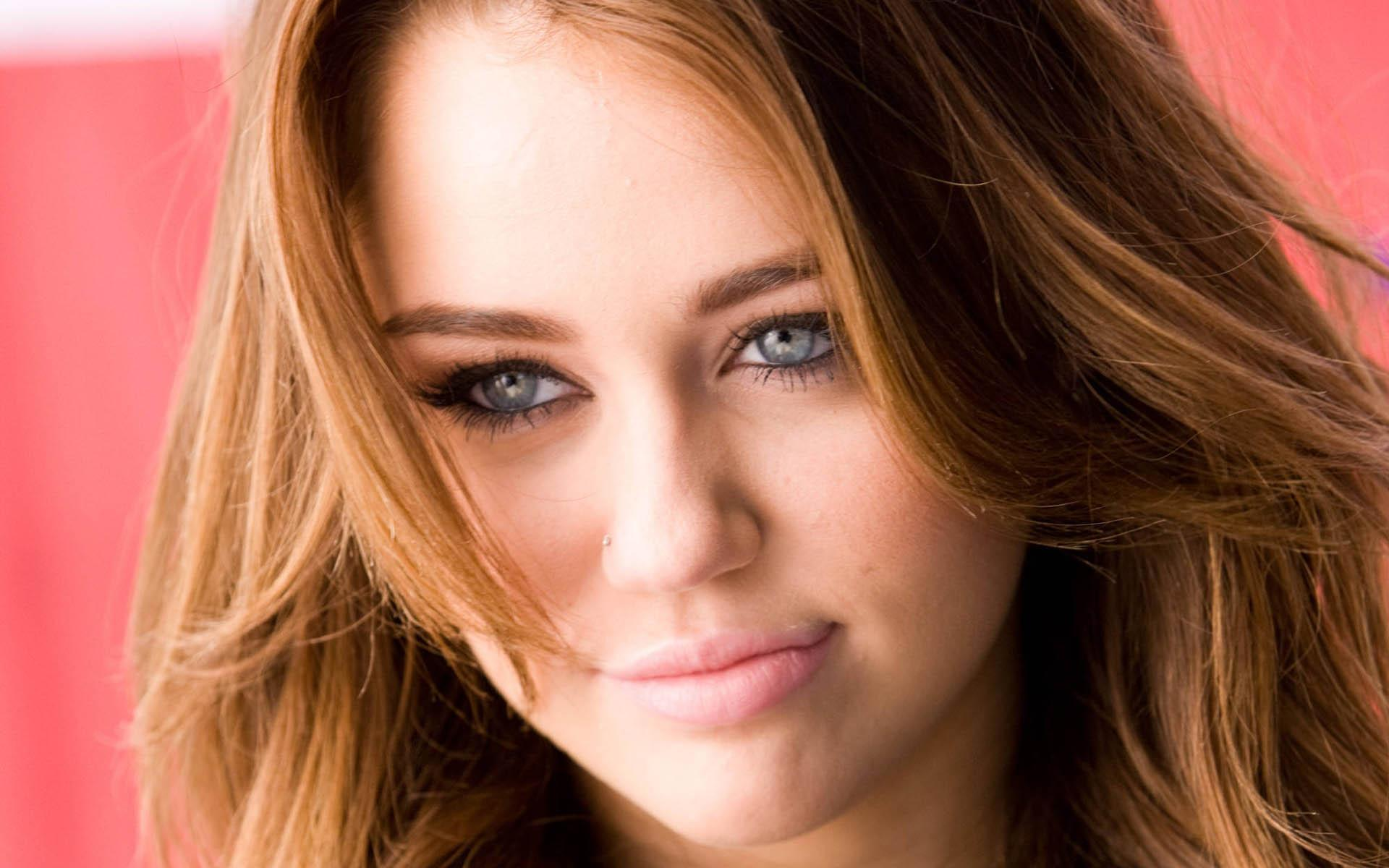 Miley Cyrus Wallpaper Miley Cyrus Female celebrities Wallpapers in