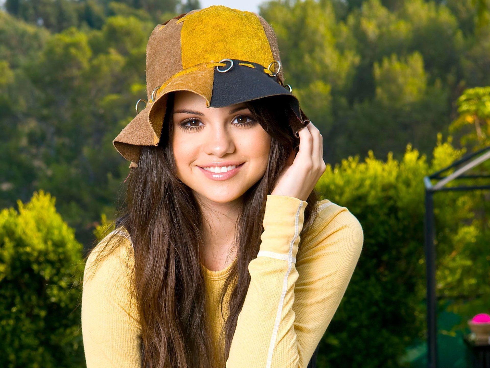 Selena Gomez Wallpapers | Wallpapers Top 10