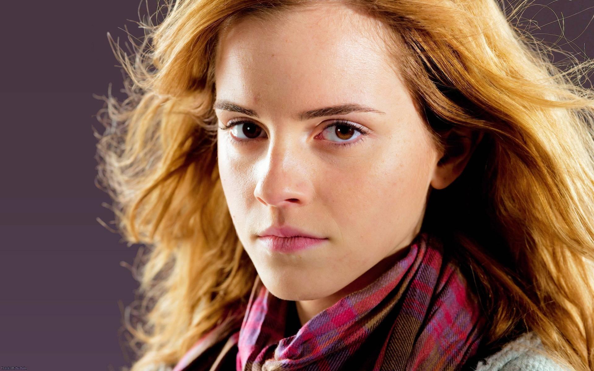 Emma Watson DH Wallpaper - Emma Watson Wallpaper (18895136) - Fanpop