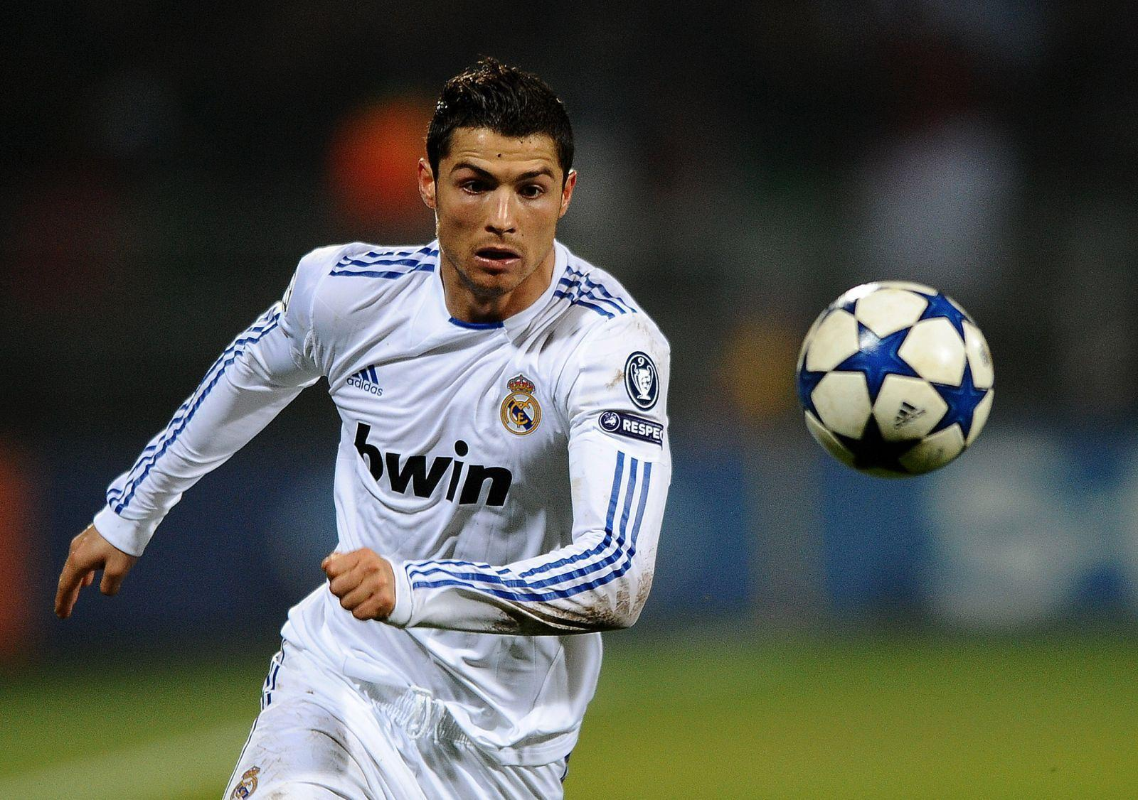 Cristiano Ronaldo HD Wallpapers - HD Wallpapers Inn