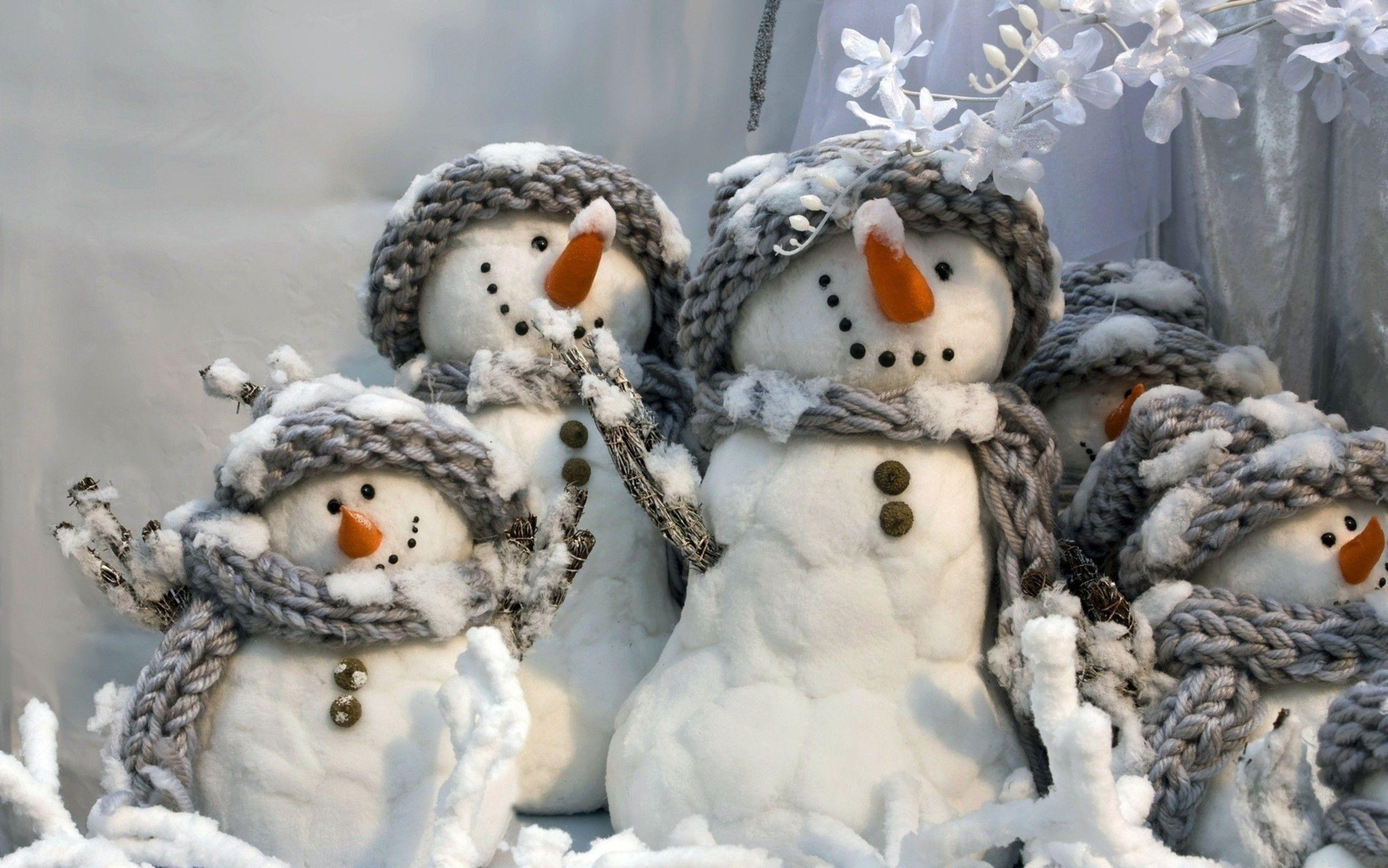 winter snowman wallpaper free wallpapers image
